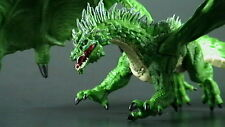 GREEN DRAGON #31. Dungeons and Dragons Miniatures: TYRANNY of DRAGONS