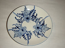 """ITALIAN CERAMIC POTTERY 4.25"""" PLATE DI PINTO A MANO BLUE & WHITE INCISED FLOWERS"""