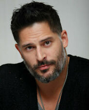 Joe Manganiello UNSIGNED photo - G1472 - SEXY!!!!