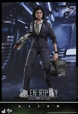 Hot Toys MMS366 Alien 1/6th scale Ellen Ripley Collectible Figure