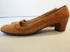 VINTAGE 1960s LADIES LEATHER SHOES COGNAC BROWN ELEGANT TIMELESS CHIC 5.5 6 39