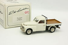 Rob Eddie Brooklin 1/43 - Volvo PV Pick Up 1953 Blanche