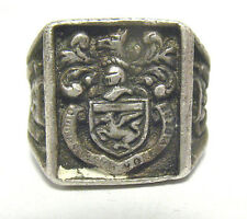 ANTIQUE STERLING SILVER CREST RING COMEDY TRAGEDY MASKS SIZE 8   19.2 GRAMS