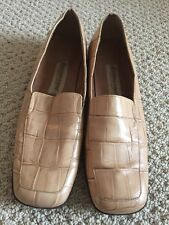 Etienne Aigner Shoes Women's Beige Design Loafers Size 9 1/2