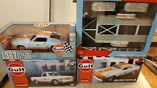 ACME 1:18  GULF 1968 CHEVROLET C10 PICKUP GMP GULF TRAILER SHELBY & CAMARO - WOW