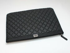 NEW CHANEL O CASE Large Boy Clutch Black Quilted Caviar 100% Authentic