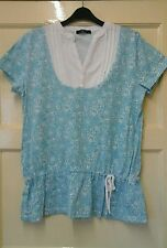 WOMENS PRETTY AQUA BLUE/WHITE  SMART  TOP. SIZE 14    OFFERS WELCOME.