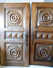 2  boiseries ancien bois sculpté, porte buffet style breton H 85 cm (205)