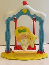 Vintage Strawberry Shortcake Deluxe Mini Butter Cookie And Jelly Bear On A Swing