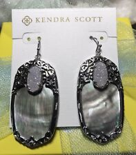 NWT Kendra Scott Black Mother of Pearl & Iridescent Drusy