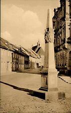 Kamenz Sachsen DDR s/w AK 1964 Straßenpartie an der Postmeilen Säule Post Motiv