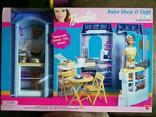 Barbie bake shop and cafe #67316-93, year 2000
