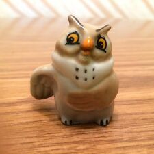 """Disney """"Big Mama"""" (from Fox & the Hound) Hat Box Figurine by Wade of England"""