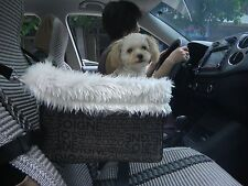 Pet Safety Booster Seats Soft Sheepskin Lining Bed Lookout Dog Cat Car Seat