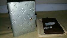AUTH LOUIS VUITTON VERNIS LIGHT GREY TRAVEL NOTE/ADDRESS BOOK BNEW