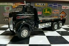 Ford COE custom scratch built 4x4 lifted 1/64 4wd flatbed car hauler Diorama