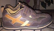 UMI Kid Boys Shoes Tyler Brown LEATHER SIZE 27 EURO/ 10 USA/ 9 UK Velcro