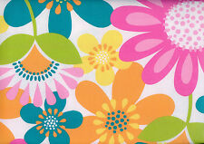 """Big Bold Floral Flowers Garden Country Cottage Vinyl Tablecloth 52"""" x 90"""""""