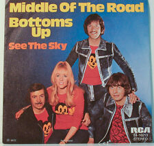 "[F244] 7""SINGLES MIDDLE OF THE ROAD - BOTTOMS UP - SEE THE SKY - RCA RECORDS-"