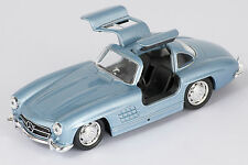 BLITZ VERSAND Mercedes 300 SL hellblau / blue Welly Modell Auto 1:34 NEU & OVP