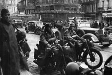 WW2 - Photo - L'Armée allemande occupe Paris en juin 1940