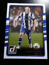 2016-17 Donruss Soccer #  81 Maxi Pereira FC Porto Card
