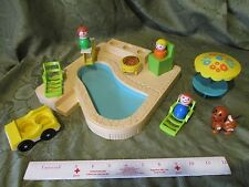 Fisher Price Little People Play Family Pool grill diveing board lounge 2526 lot