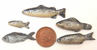 1:12 Scale 5 Silver Fish For A Dolls House Miniature Kitchen Food Accessory S