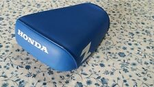 """HONDA Z50 COMPLETE SEAT """"BLUE"""" (solid z))on the side fit 1979-1986 brand new"""