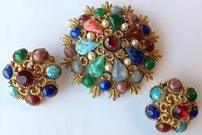 VTG HATTIE CARNEGIE SIGNED FRUIT SALAD RHINESTONE AND PEARL BROOCH & EARRINGS