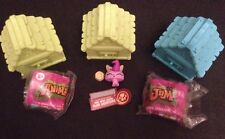 Lot Of 3 Animal Jam Toys With Dens & Accessories Bunny, Ducky, Sugar Glider