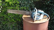 Vintage Homelite Chain saw 1960's very good condition, runs nice !!!!