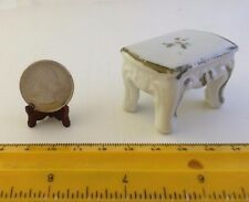 1/16 MINIATURE VINTAGE CERAMIC END TABLE WITH ROSE AND GOLD DESIGN DOLLHOUSE