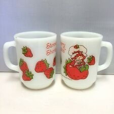 SET OF 2 ANCHOR HOCKING STRAWBERRY SHORTCAKE COFFEE MUGS USA EXCELLENT
