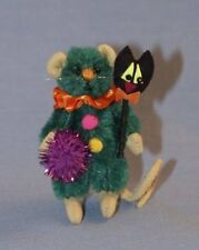 """DEB CANHAM'S """"SCAREDY CAT MOUSE"""" GREEN MOHAIR MINI MOUSE-HALLOWEEN-CAT SCEPTER"""