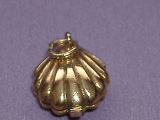 Vintage 9ct Gold Opening Shell with Pearl Inside Charm for Bracelet.