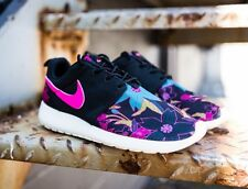 NIKE ROSHE ONE PRINT PREMIUM ALOHA FLORAL TRAINERS BLACK PINK BLUE SIZE 4 NEW