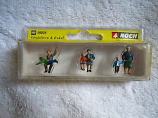 MODEL RAILWAYS - NEW BOXED HO GAUGE NOCH GRANDPARENTS & GRANDCHILDREN SCALE 1/87
