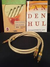 Van Den Hul The Well RCA  0.8m Metre Interconnects With Box Cable Halogen Free