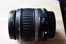 Canon zoom lens EF-S 18-55mm 1:3.5-5.6 58 mm