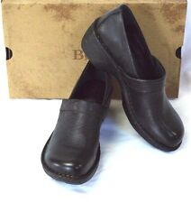 Born Toby Leather Slip On Clogs Shoes 9/40.5 M Black Cute Casual Wear w/Jeans