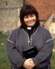 French, Dawn [The Vicar of Dibley] (21624) 8x10 Photo