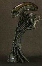 Rare Hot Toys Alien 1/4 Scale Collectible Bust Sideshow BIB AVP Predator Hottoys