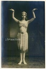 YOUNG ART DECO DANCER IN TYPICAL POSE & COSTUME * Vintage 20s German Photo PC