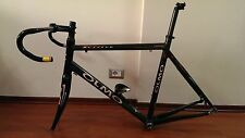 OLMO Zeffiro carbon frame 58cm plus handlebar seatpost headset and BB 2.8kg