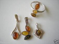 Bernstein/Silber Konvolut 8,2 g/4 Teile 3 x Anhänger,1 x Ring Amber/Silver