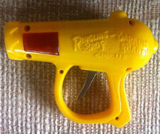 """VINTAGE 6"""" RINGLING BROS BARNUM & BAILEY TOY FRICTION SPARK SPACE YELLOW RAY GUN"""