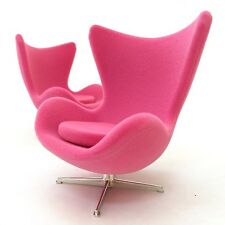 Dollhouse Sedia design 1:12 Egg chair Arne Jacobsen rosa scamosciata pink suede