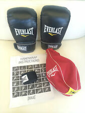 Everlast Boxing Training Kit Training Gloves Speed Bag and Hand Wrap L-XL