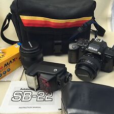 Nikon SLR N4004S Film Camera w/ 2 Lenses Speedlight SB-22 Case 4 Rolls of Film